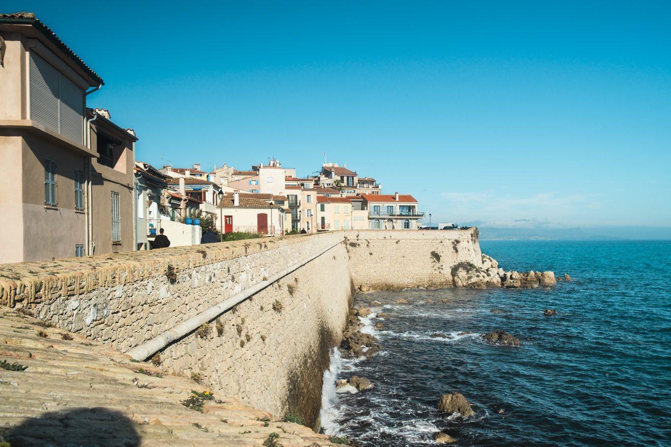 Stadtmauer und Altstadt von Antibes