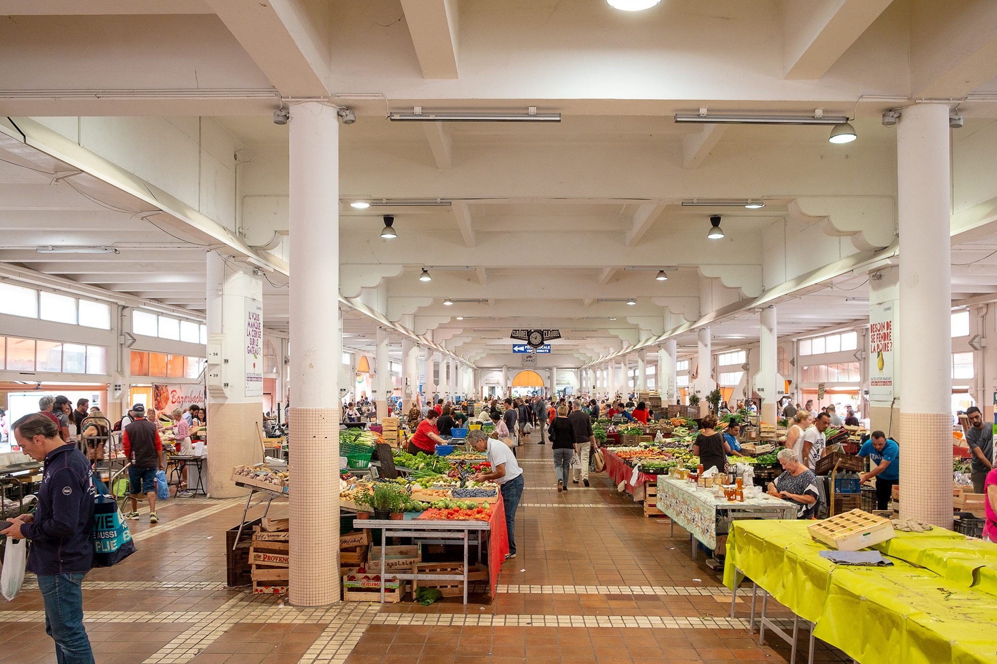 marché forville in der Nähe vom Hafen